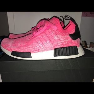 Adidas NMD_R1 PINK sneakers